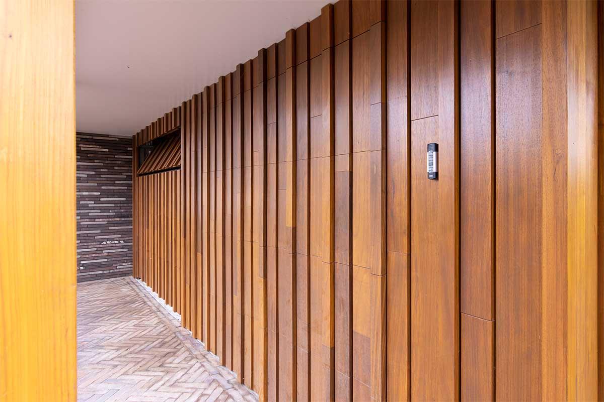 houten-sectionaaldeur-verschillende-breedtes (12)