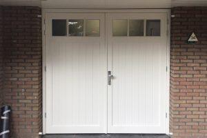 houten-openslaande-garagedeur-5