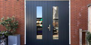 Voorbeelden gerealiseerde openslaande garagedeuren