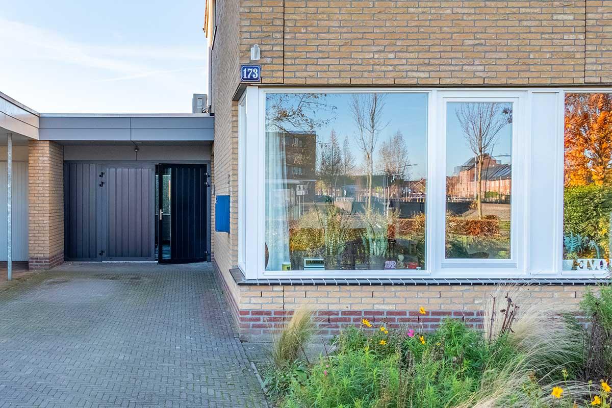 openslaande-garagedeur-vast-zijstuk (2)