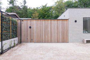 houten zijwaartse garagedeur (1)