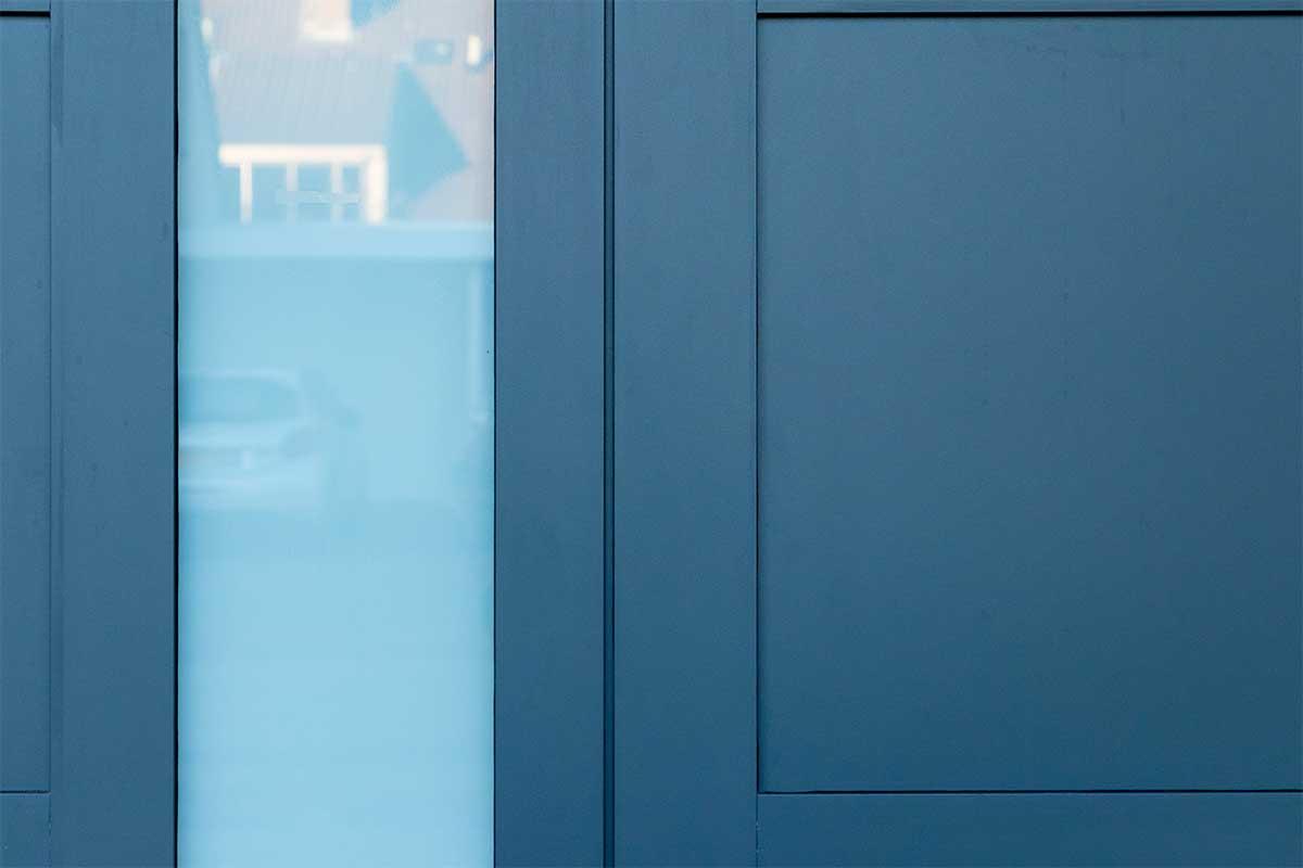 garagedeur en voordeur (8)