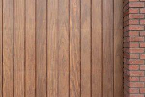 houten verticale garagedeur afrormosia (1)