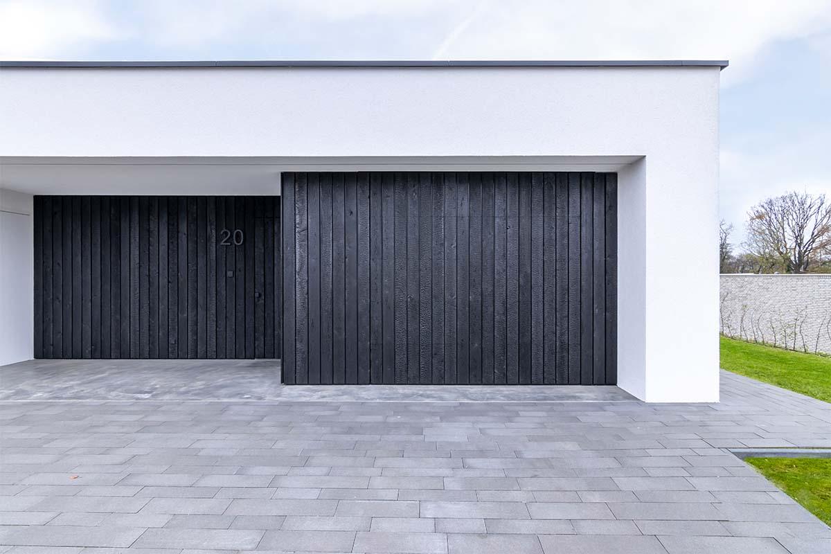 shou-sugi-ban-garagedeur (11)