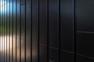 houten-sectionaaldeur-gelijk-met-de-gevel (6)