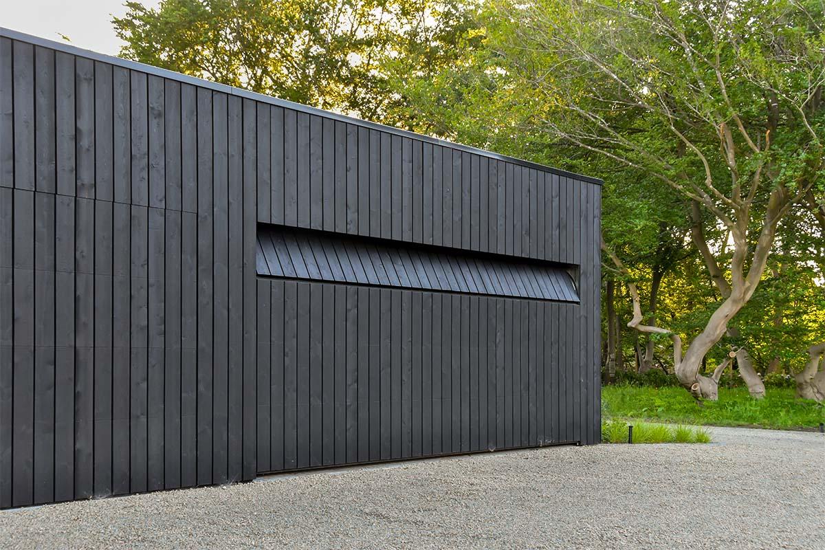 houten garagedeur automatisch zwart (1)