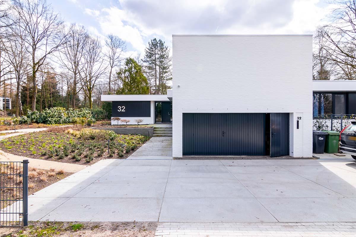 openslaande garagedeuren van hout (10)