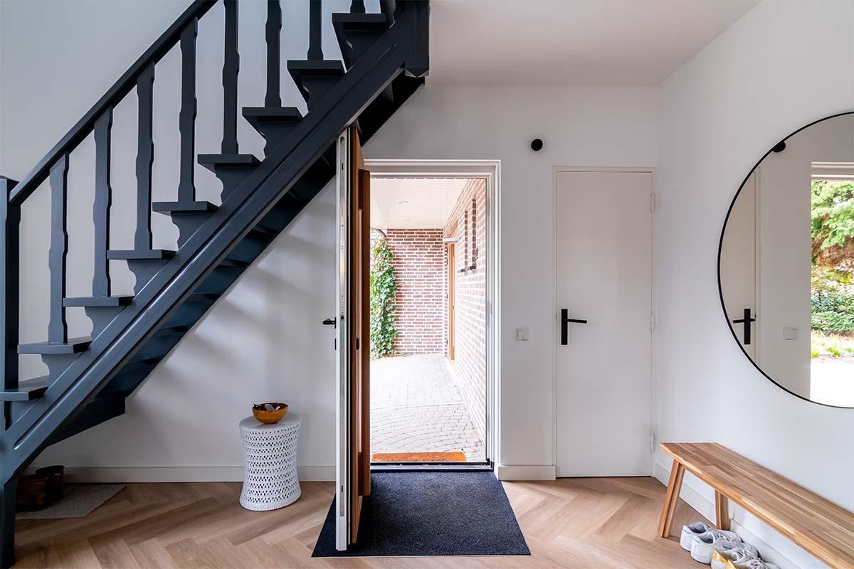 binnenzijde houten voordeur (1)