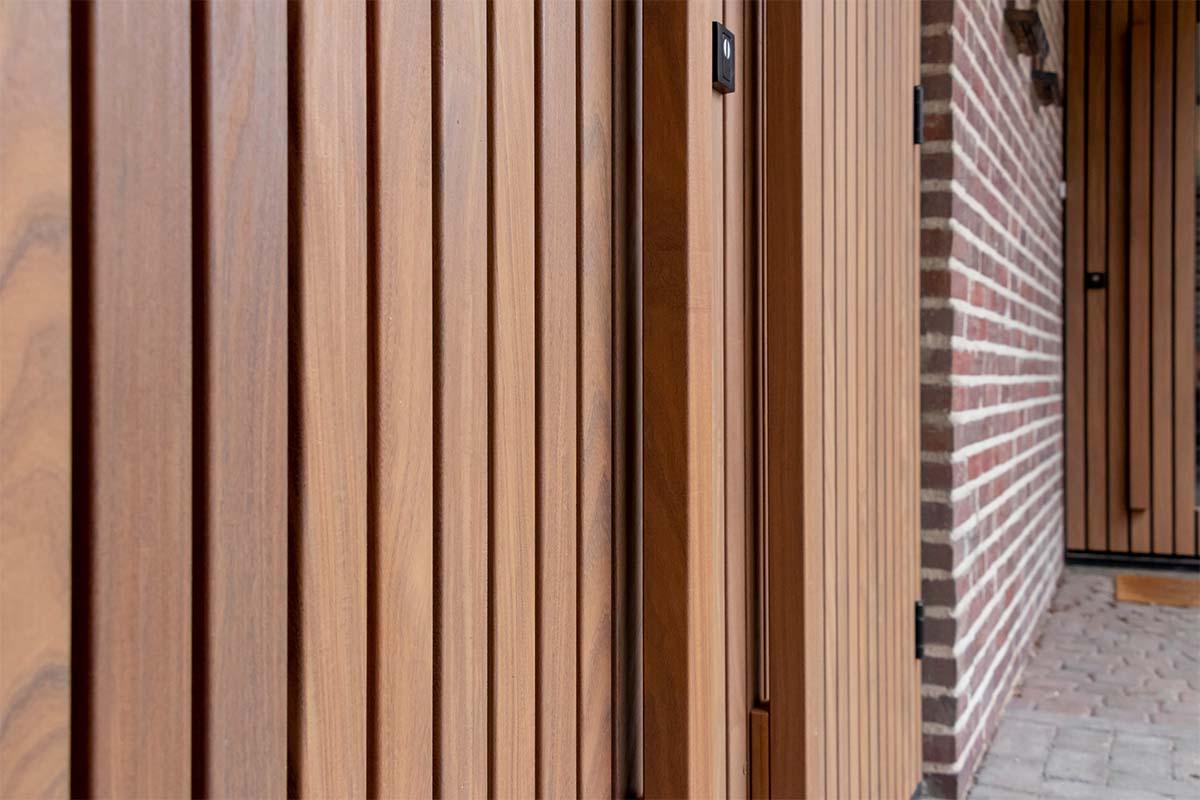 houten deuren met latten (4)