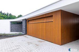 houten-garagedeur-Different-Doors-moderne-villa