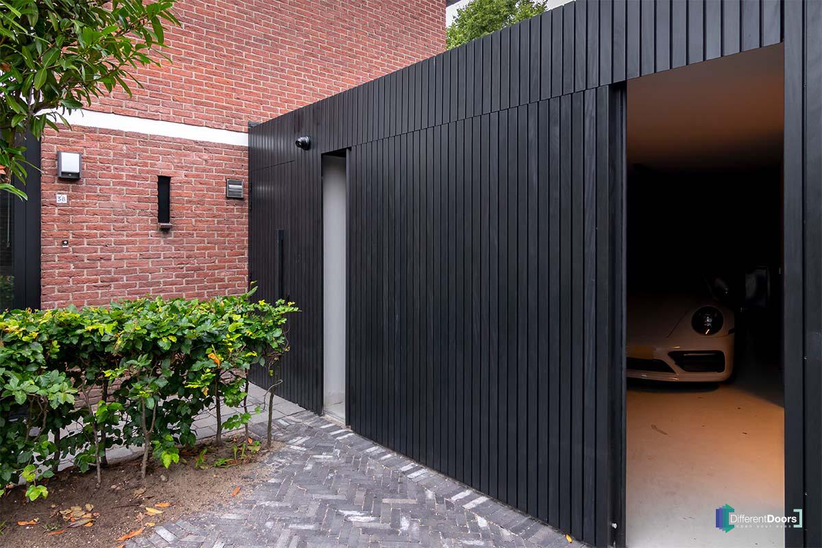 Different Doors zijwaartse garagedeur (1)