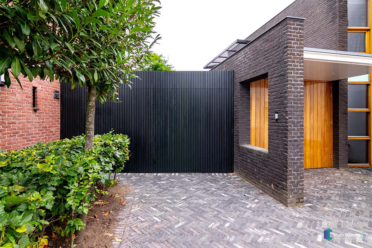Different Doors zijwaartse garagedeur (2)