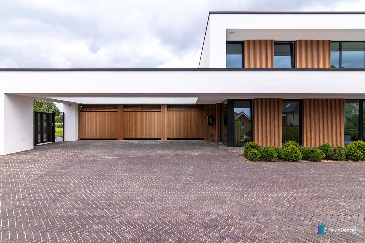 exclusieve villa garagedeur